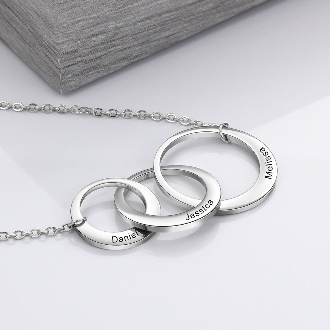 925 Sterling Silver Mom And Child Engraved Circle Necklace Gift For Mom