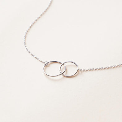 925 Sterling Silver Interlock Double Ring Necklace