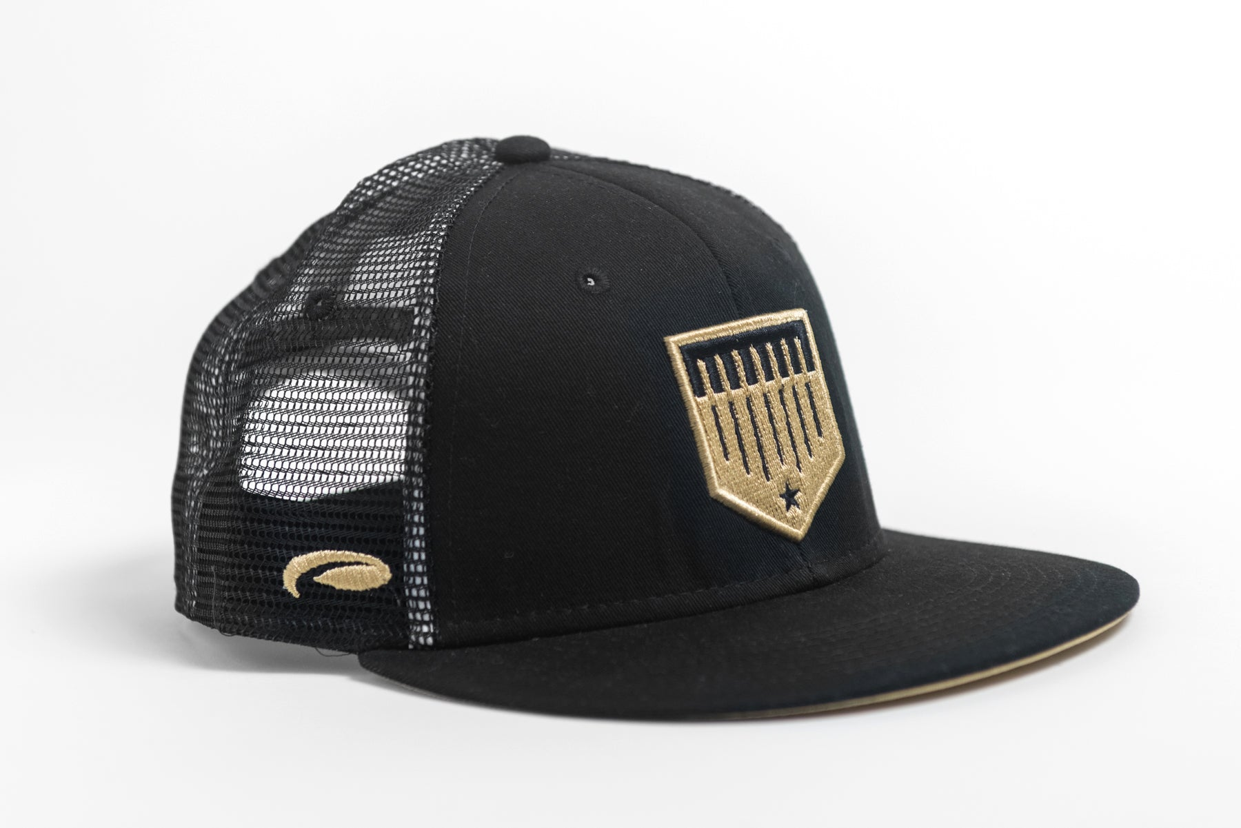 black and gold mesh trucker hat image 1