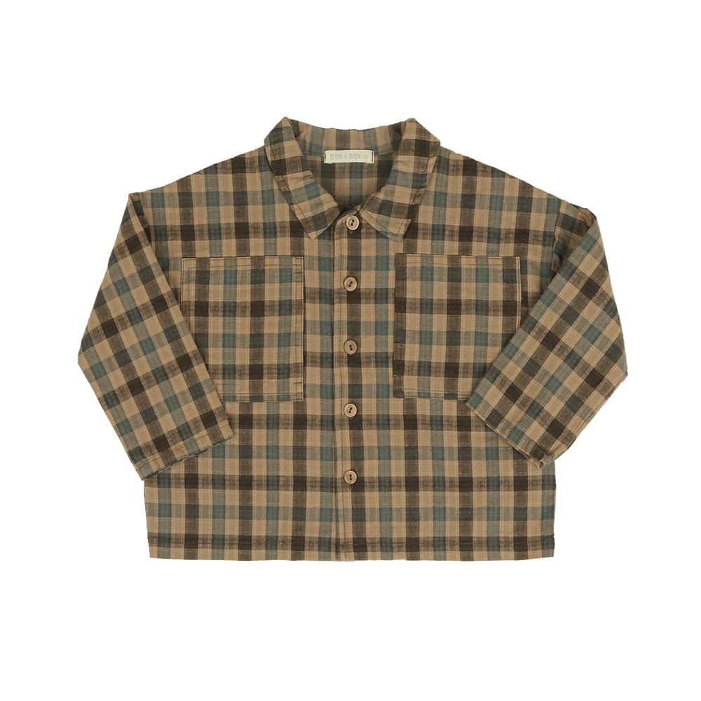 Unisex boxy shirt, Comfortable loose cut, Soft fabric, Pockets on both sides designed to hold small things, can be worn as a shirt or a light jacket. comes in three colours: beige check, brown check and beige corduroy.