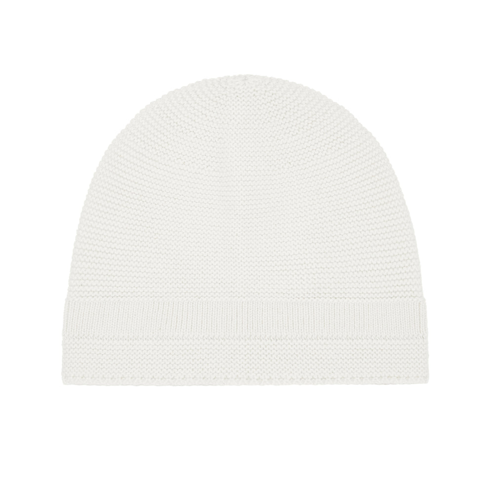 organic cotton hat. comes in ecru and palmetto colours. Brand: Vild  Details: Pure no-dye yarn of the highest quality, Eco-conscious, Soft Composition: 100% Organic Cotton  Made in: Portugal
