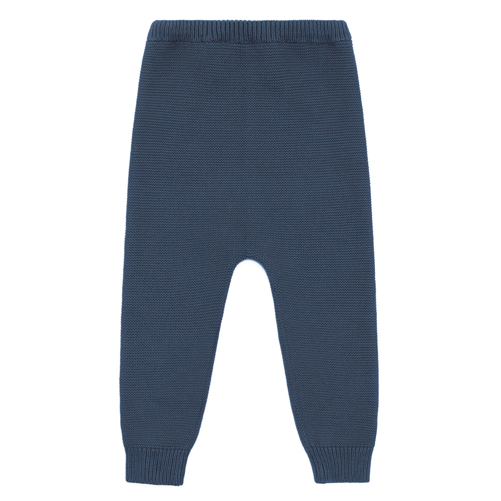 Palmetto organic knit trousers. Brand: Vild  Details: Natural Palmetto Plant Dye of the highest quality, Incredibly soft, Eco-conscious  Composition: 100% Organic woven cotton  Made in: Portugal