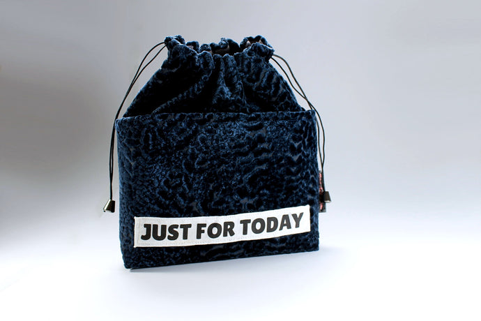 Handbag Organiser in Repurposed Dark Navy Velvet Just For Today - Bag All Done