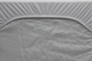 Breksta Fitted Mattress Protector