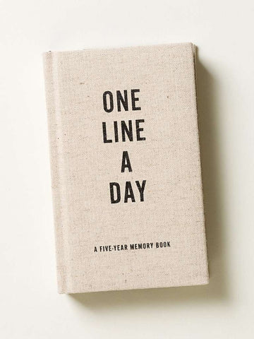 Oliver Bonas One Line a Day Canvas Five Year Memory Book