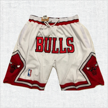 Load image into Gallery viewer, Chicago Bulls