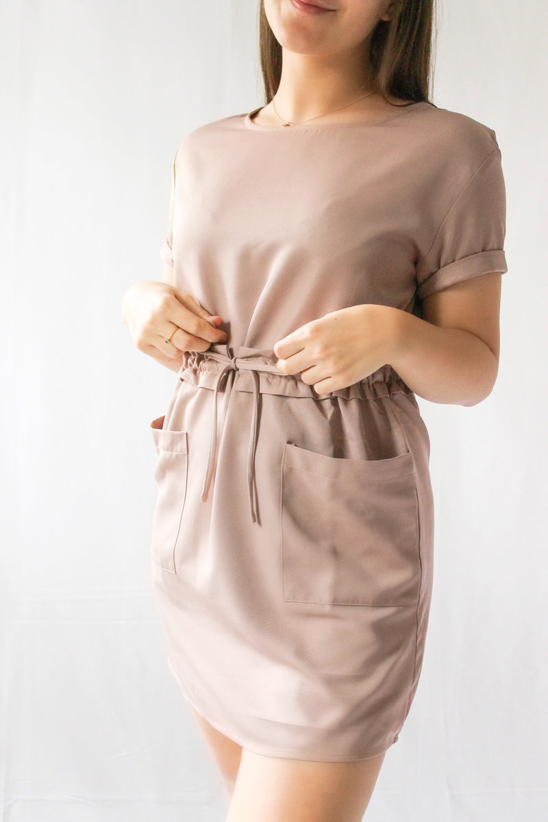 New Haven Dress with Pockets • Latte