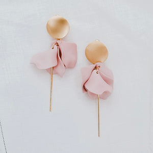 Esta Hanging Flowers Earrings