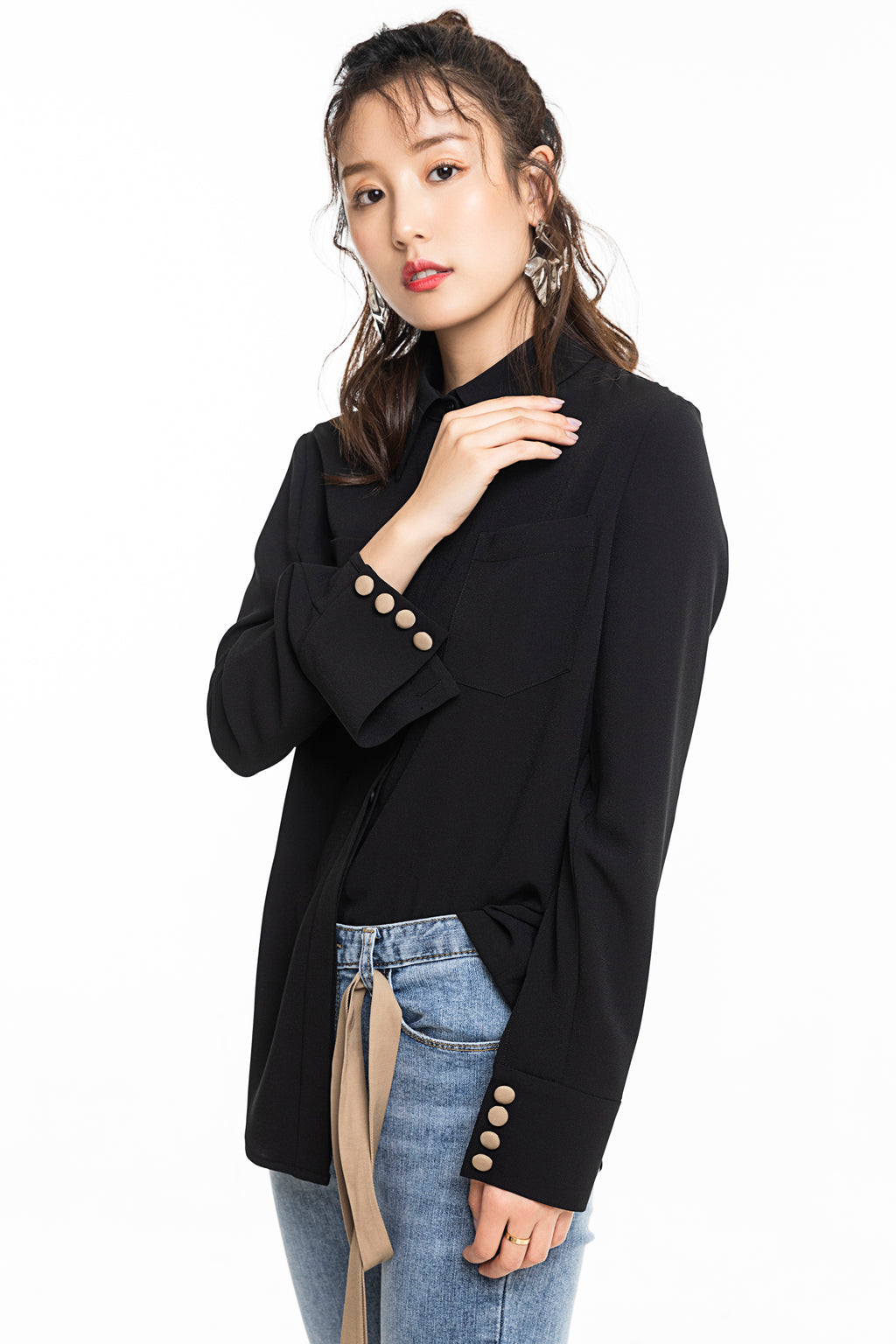 Khaki Streamer Black Shirt