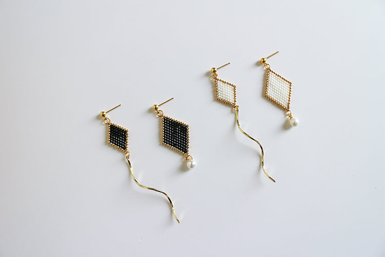 Waves And Pearl Earrings