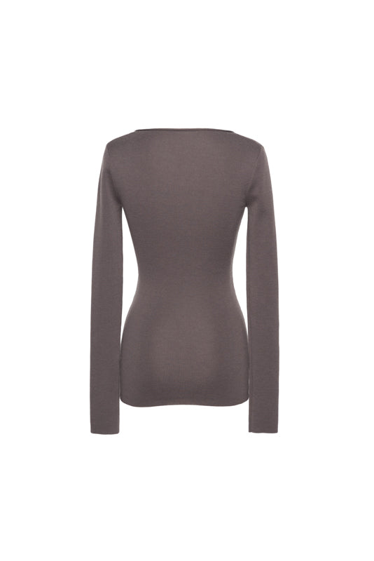 Round-Neck Slim Sweater