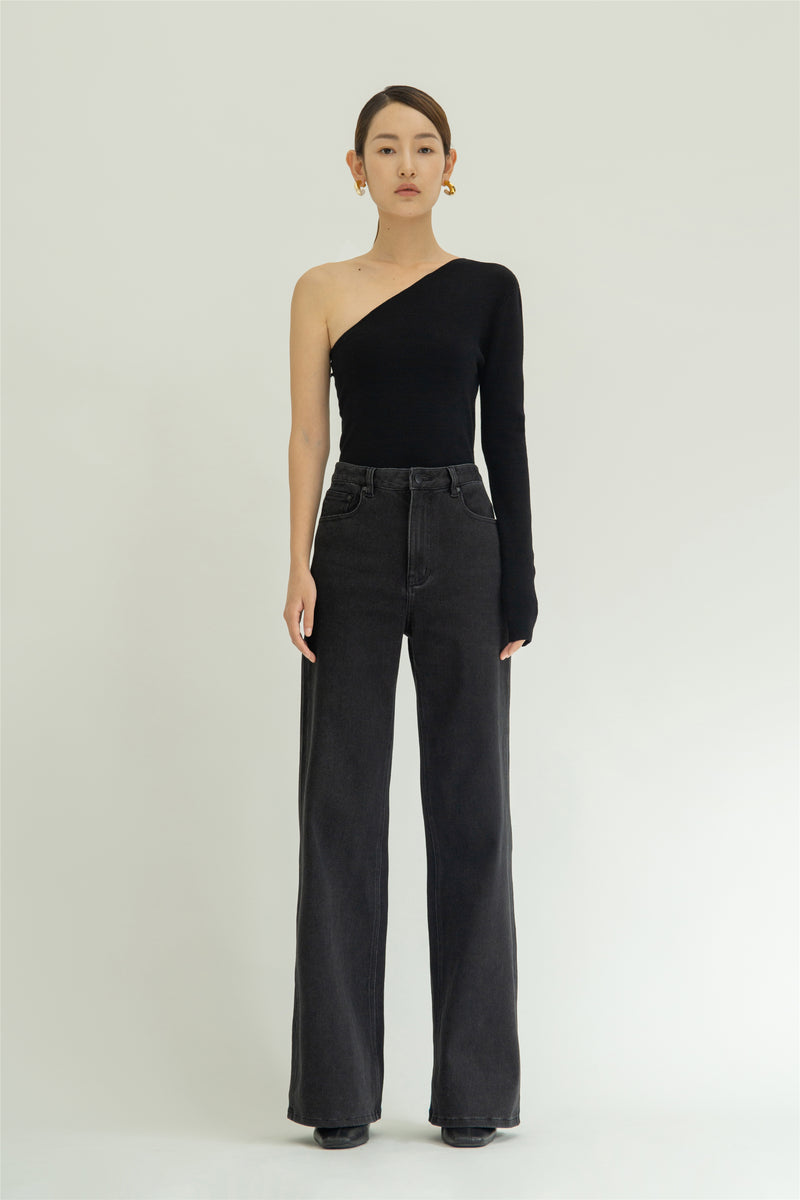 Diagonally wool slim top