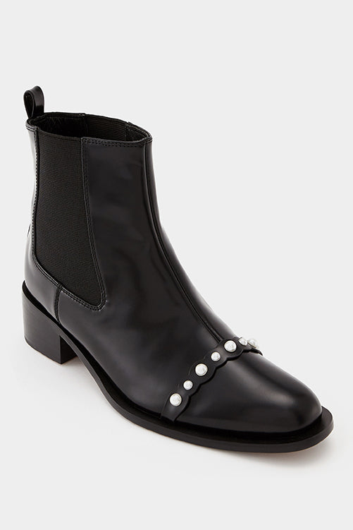 Knight Pearl Decoration Chelsea Boots