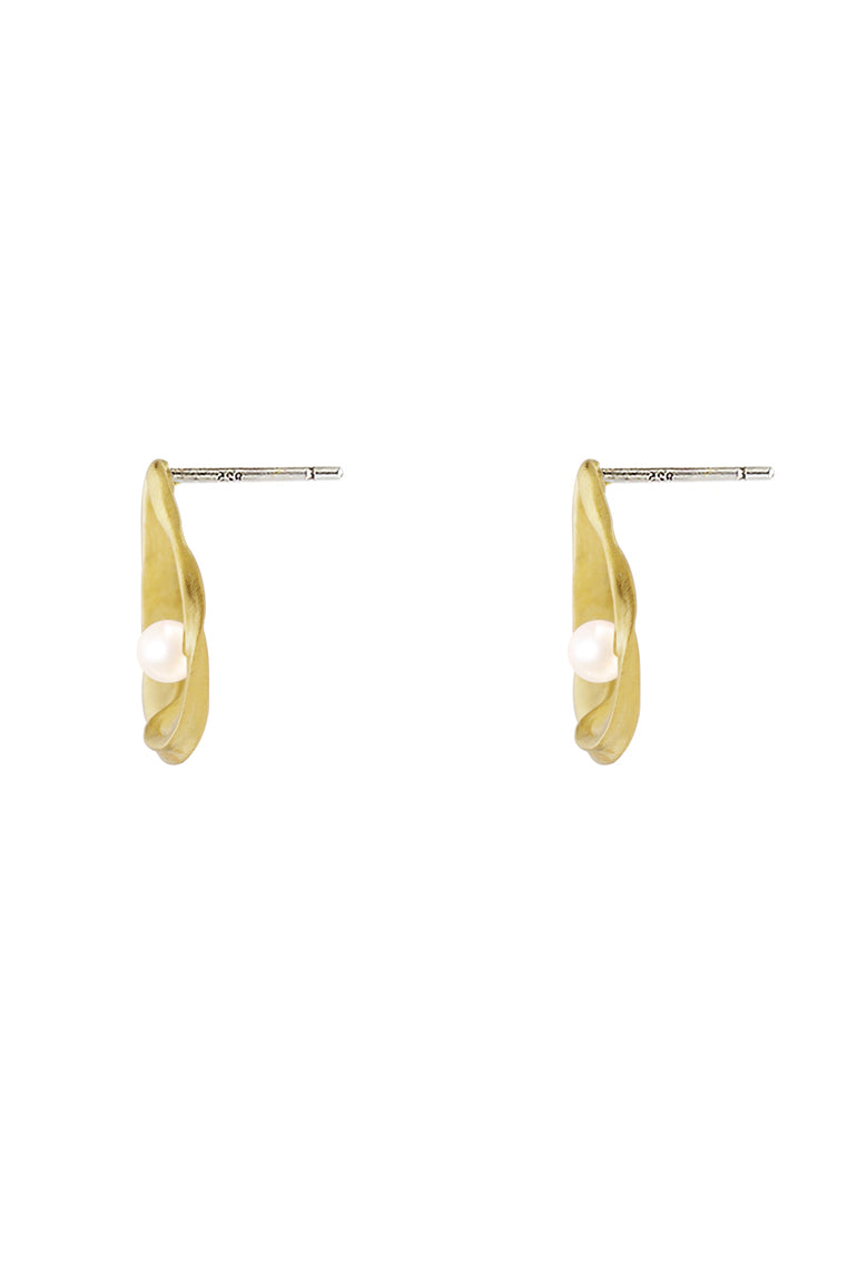 Pearl Ripple Earrings