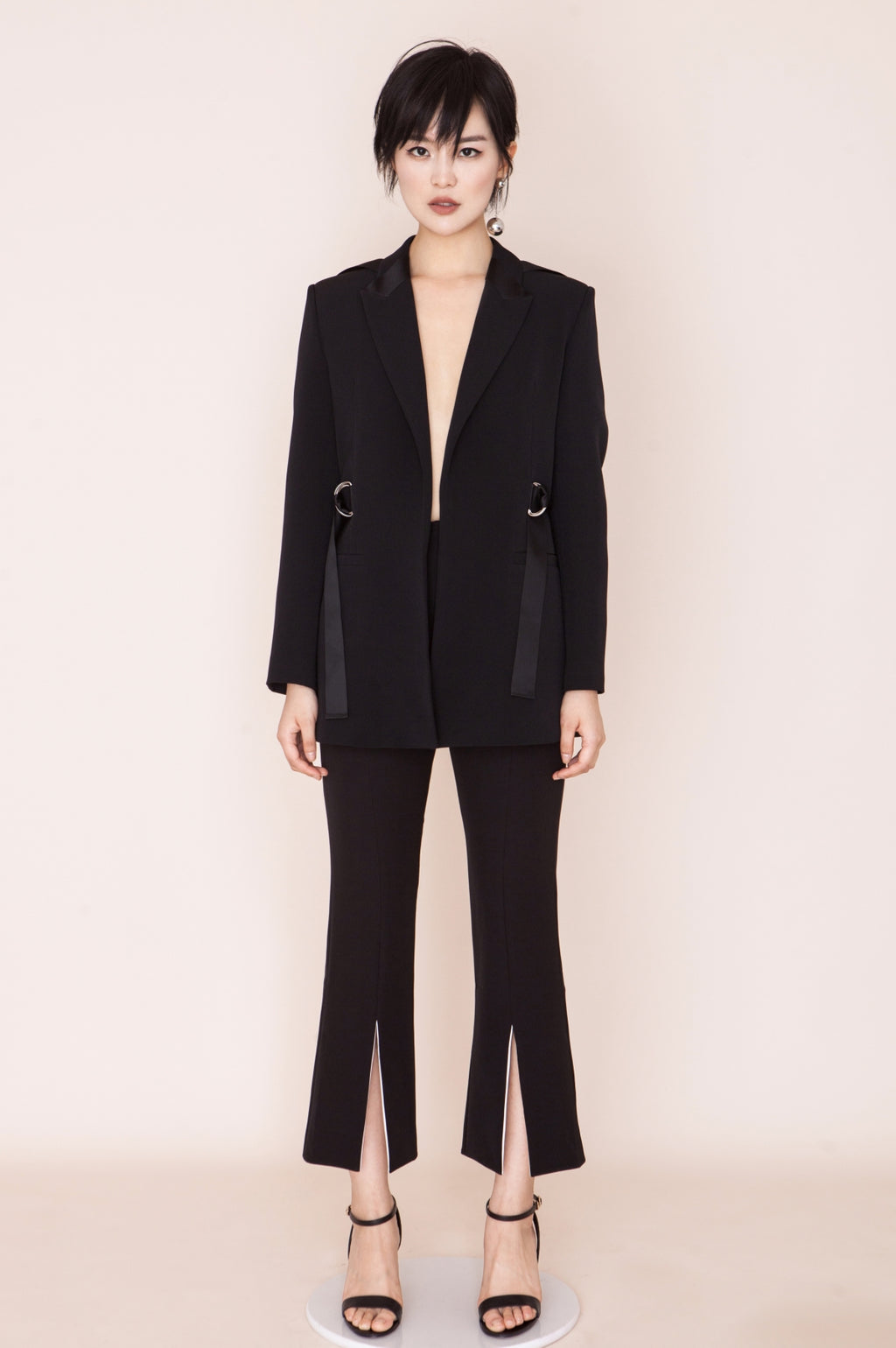 Fever Wang ribbon suit