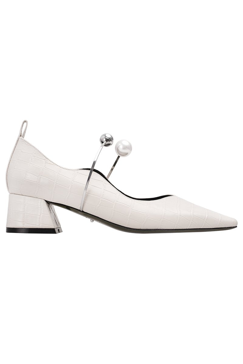 Fetal Cowhide Serpentine Pearl Buckle Pumps - White