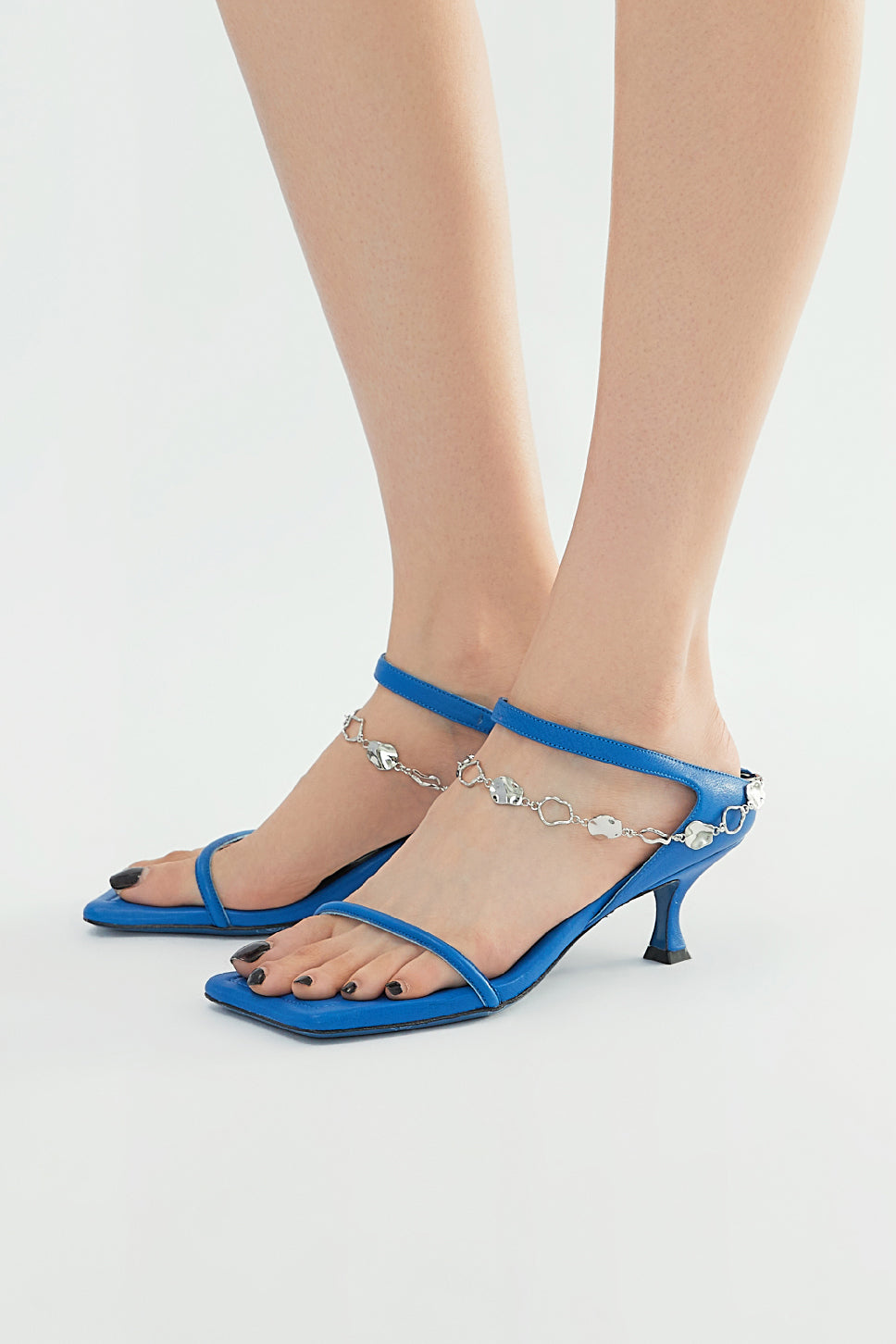 Paz Metal Chain Square Slippers - Blue
