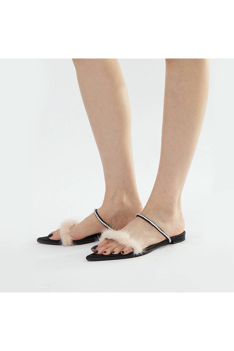 Zircon Decoration Flat Sandals - Black