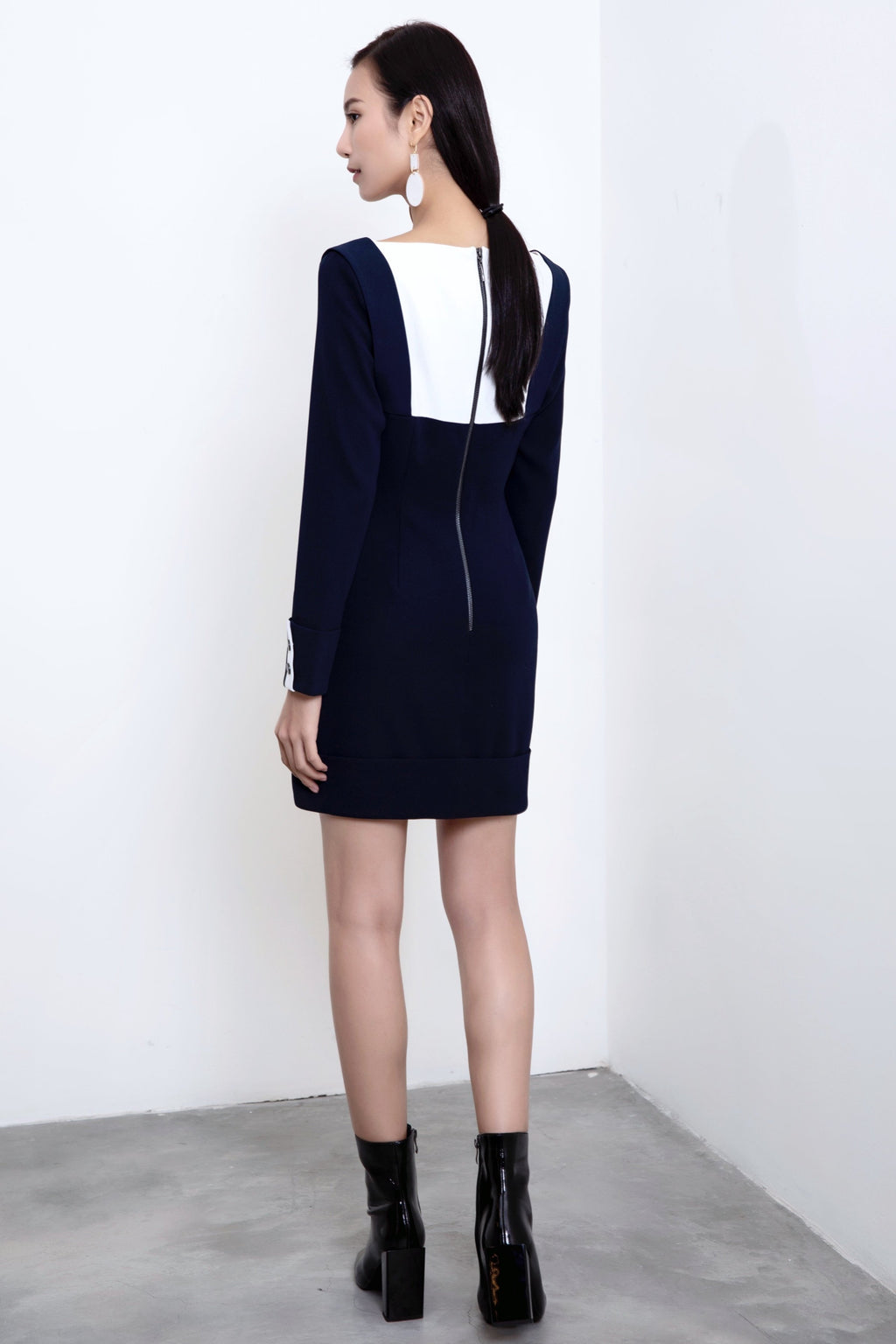 FEVER WANG square collar colorblock dress