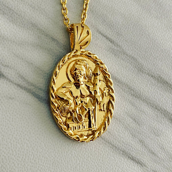 18K Gold Vermeil Saint Florian Necklace with Thorn Frame - Divine Box