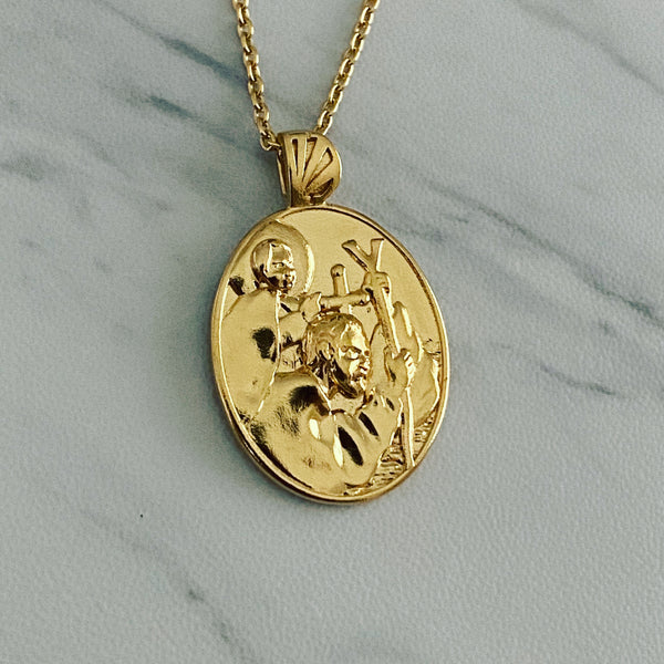 18K Gold Vermeil Saint Christopher Necklace - Divine Box
