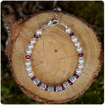Personalized Name Bracelet - Pearl and January Garnet