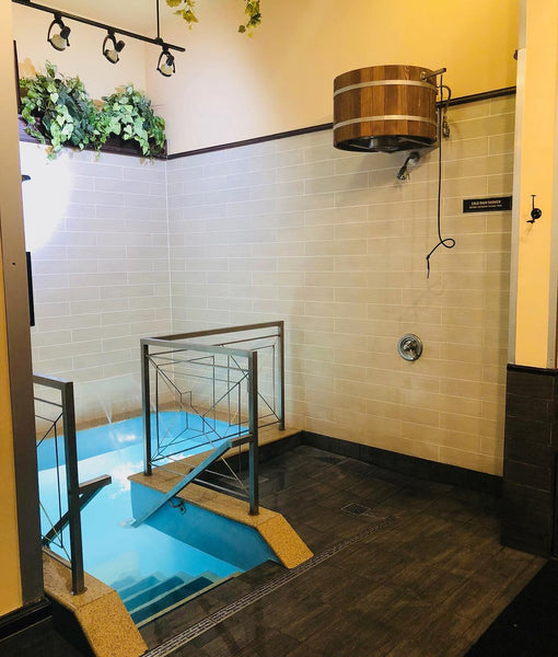 arctic plunge pool chicago sweatlodge