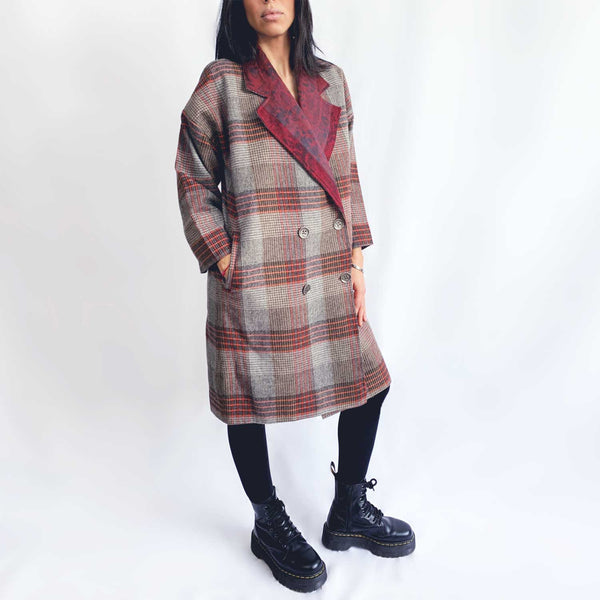 C6 | Oversized Cocoon coat in burgundy checked wool