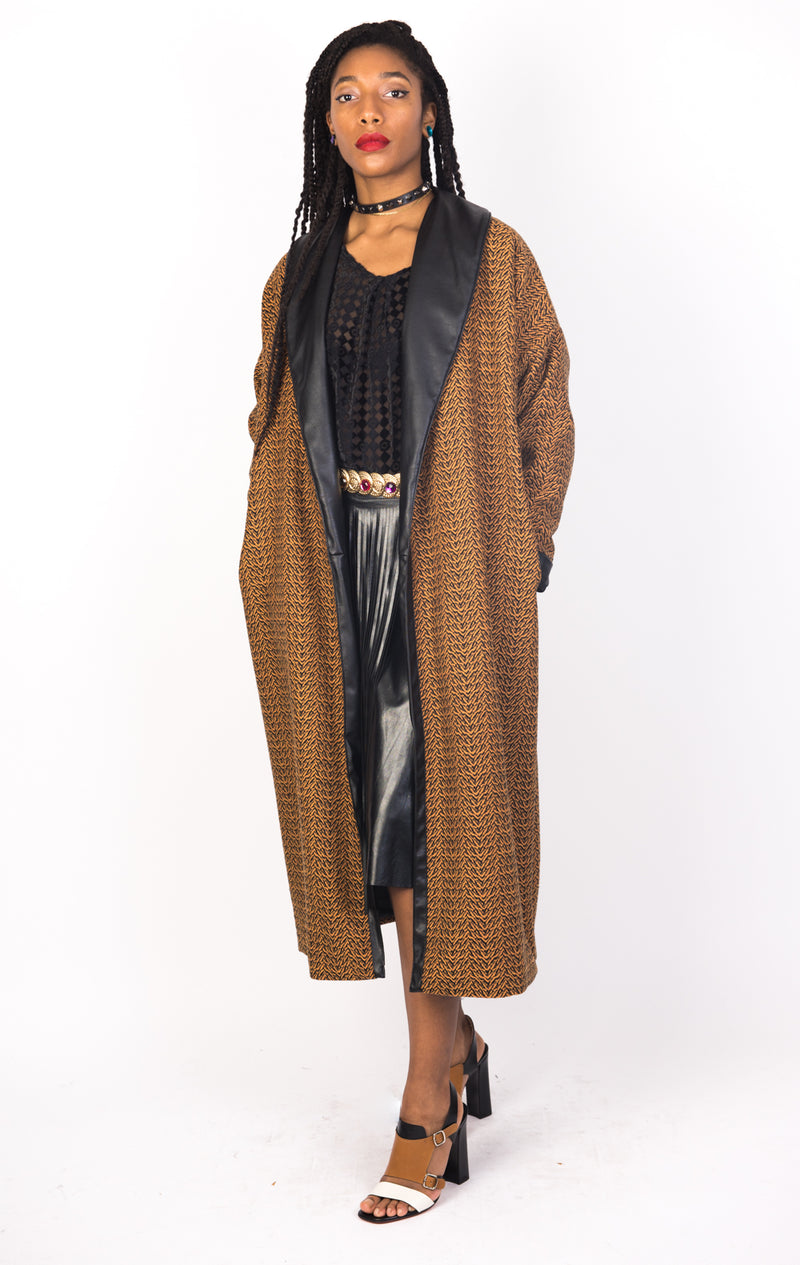 C2 | Slouchy coat: camel and black