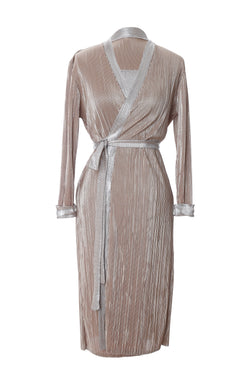 D5 | Wrap dress: camel and gold