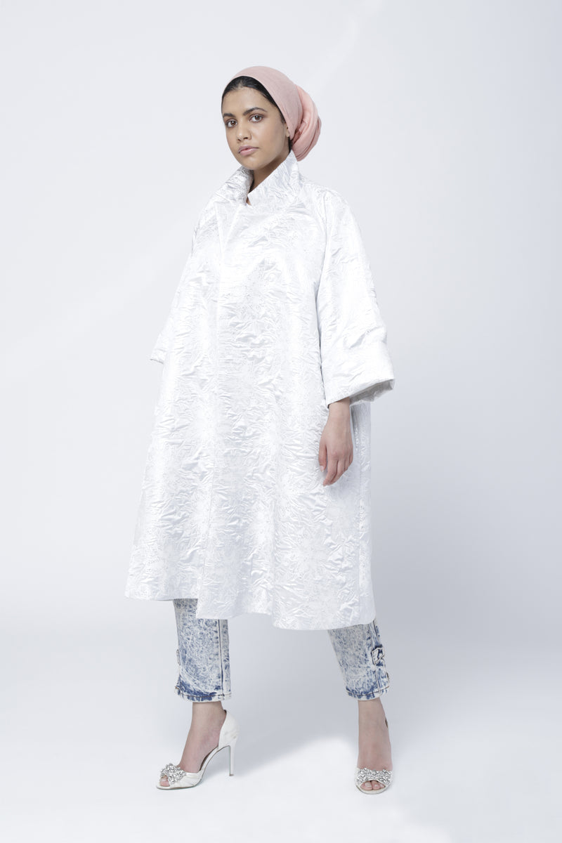 C4 | Boxxy coat: white and silver