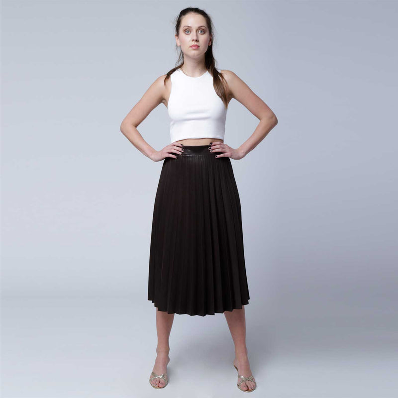 Sk3 | Super Pleated Skirt in Brown Vegan Leather