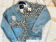 Load image into Gallery viewer, Leopard Jean Jacket