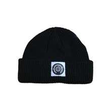 Load image into Gallery viewer, LOGO SHORT BEANIE / BLACK