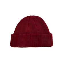 Load image into Gallery viewer, LOGO SHORT BEANIE / WINE