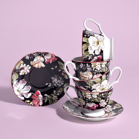 victorian tea cups and saucer