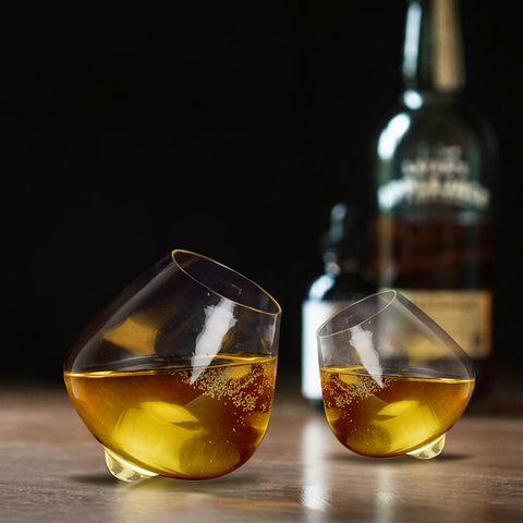 Tip-Toe Shell Whiskey Glass