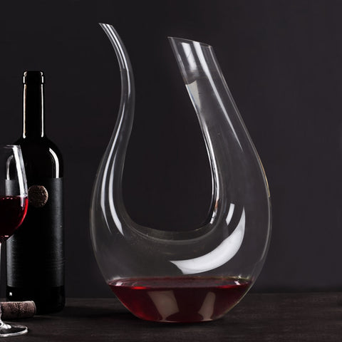 Minimalist Clear Wine Decanter