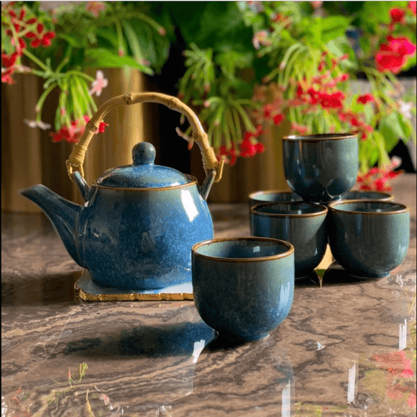 Ocean blue crackling teapot set