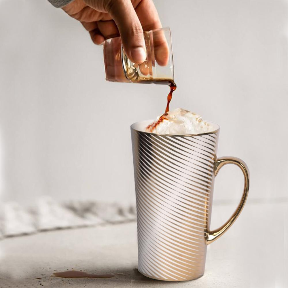 The Ritz Gold Striped Mug - The artment