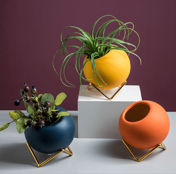 Subtle Pop Round Vases