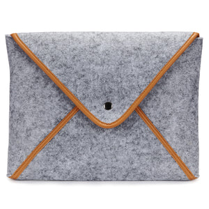 The Classic Laptop/Tablet Sleeve with 10,000mAh Power Bank  Built-in