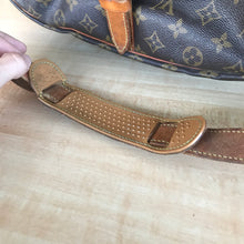 Load image into Gallery viewer, Louis Vuitton Monogram Saumur 35