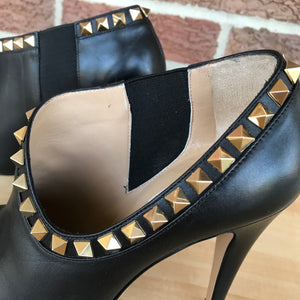 Valentino Rockstud Leather Black Ankle Boots Booties size 37 ( 7)