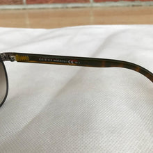 Load image into Gallery viewer, Gucci Sunglasses