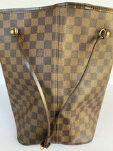 Load image into Gallery viewer, Louis Vuitton Damier Neverfull GM