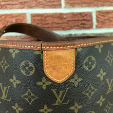 Load image into Gallery viewer, Louis Vuitton Monogram Delightful PM
