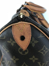 Load image into Gallery viewer, FLASH SALE! Louis Vuitton Monogram Speedy 35