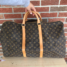 Load image into Gallery viewer, Louis Vuitton Monogram Keepall 60 Bandouliere Travel Carry On Bag