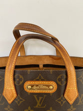 Load image into Gallery viewer, Louis Vuitton Monogram Wilshire PM